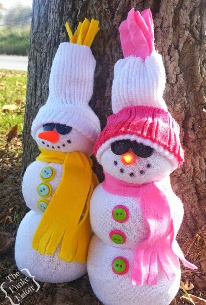 an easy tube sock snowman craft - full tutorial on how to make these - quick, easy & inexpensive, great for kids or a large group craft party!