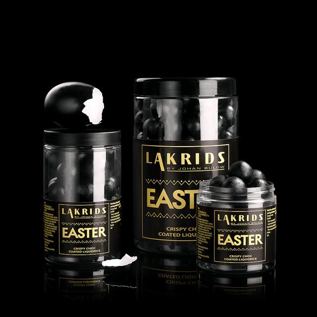 EASTER 2014  Traditionally Easter eggs are made from chocolate.  The heart of our Easter eggs is liquorice. paaske | Flickr - Photo Sharing!