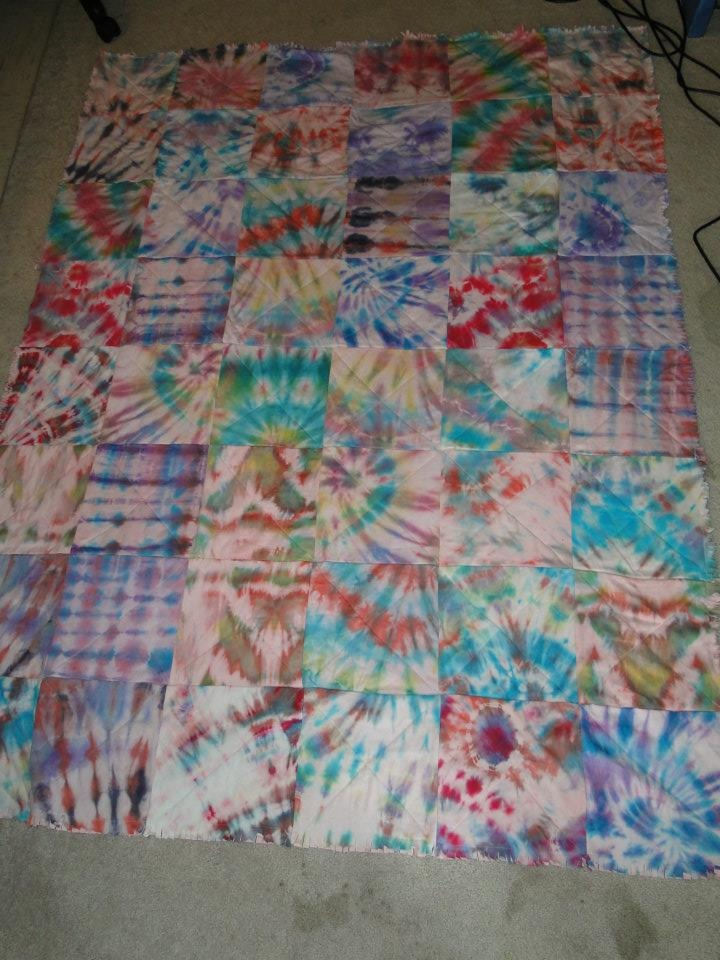 Tye Dye T-shirt Quilt. Super cute and soft.: Dyes Tshirt, Tshirt Quilts, Amanda Quilts,  Comforter, Dyes T Shirts, Soft Color, Ties Dyes Quilts, Tye Dyes, T Shirts Quilts