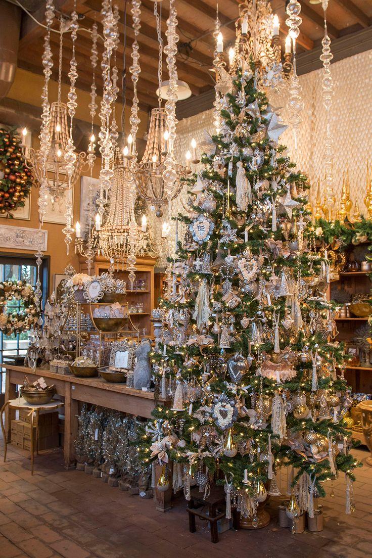 Beautiful Christmas tree at Roger's Gardens