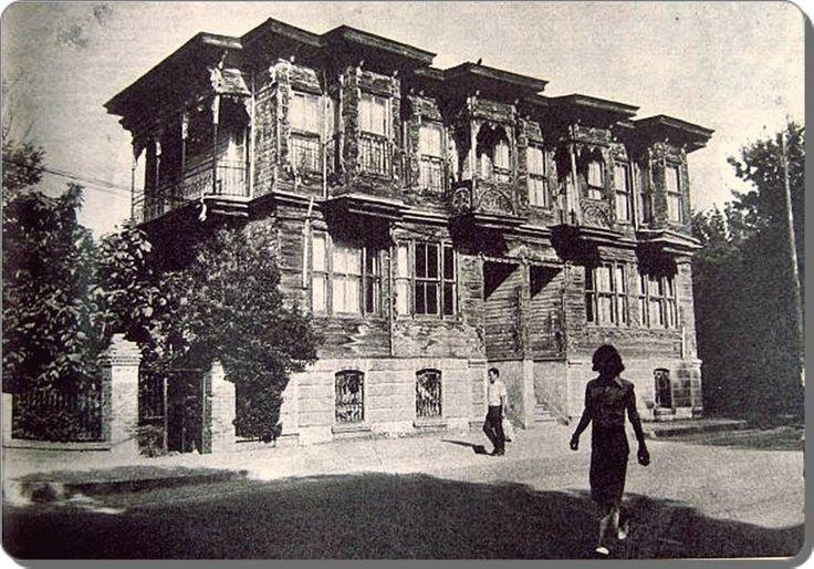 Kalamış - Ali Çetinkaya ve Albay Riza beyin ikiz koskleri - 1960lar