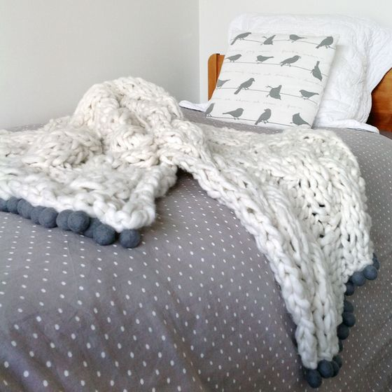 Image of Cable Knit Bed Runner