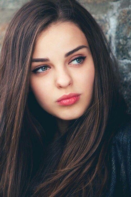 Hot Teen Brunette Beautiful Brunette 107
