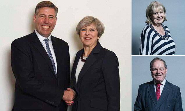 A Prime Minister handing out 'political favours' well DERRRRR Theresa May rewards her Brexit allies in the New Year honours list