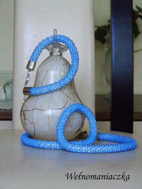 Wełnomaniaczka: Błękitny naszyjnik i bransoleytka