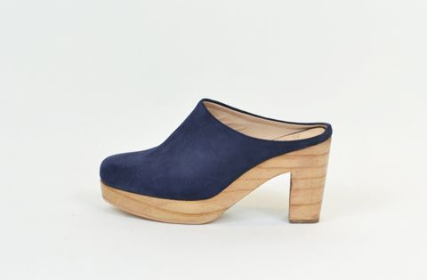 &Attorney HARVEY Heel in Navy Suede