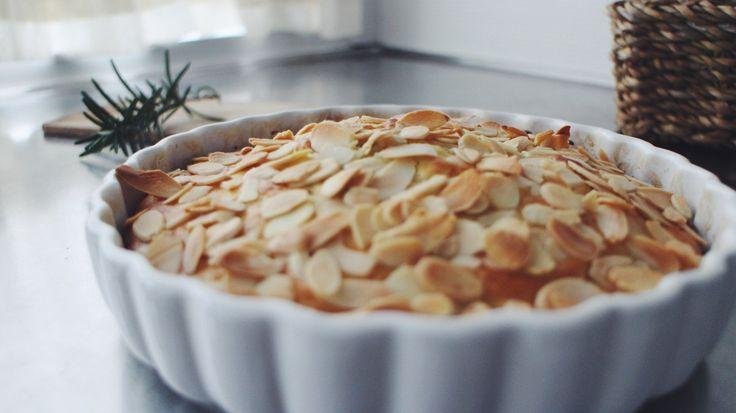 Lemon Rosemary Ricotta Cake | Roedgroed med floede