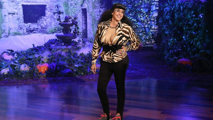 """They should have given her a unibrow and gone """"Kahla"""". LMFAO 