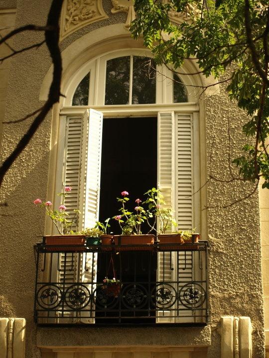 Balcon en San Telmo.-