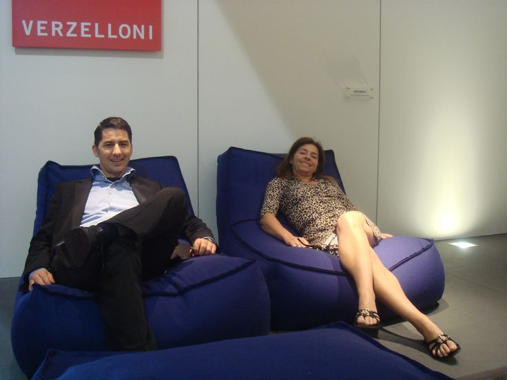 Relaxing on Zoe at Salone del Mobile 2007