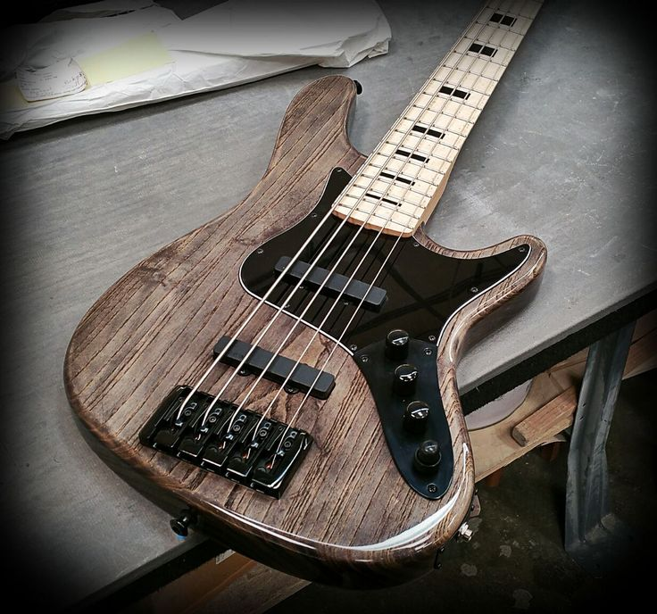 JB5 (Jazz Style Bass) Ash Body In Antique Ash Treatment