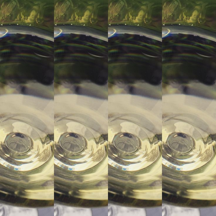 It's Friday, why not enjoy x4 Rieslings to celebrate the start of the weekend!   #getwinesdirect #riesling #whitewine #wine #wineart #wineillusion #quadruple #winefun #wino #winetime