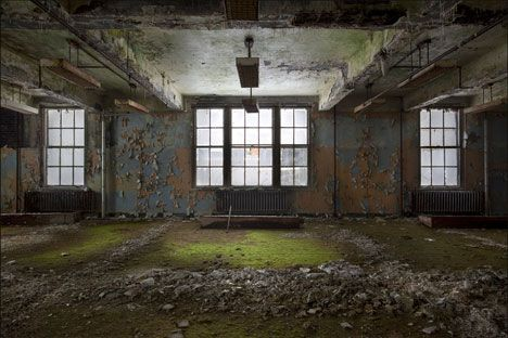 abandoned places pics | ... by Delana , filed under Abandoned Places in the Architecture category