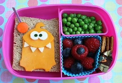 Love pretty bento box-style lunches. I would never do it, but I like to look at them :)