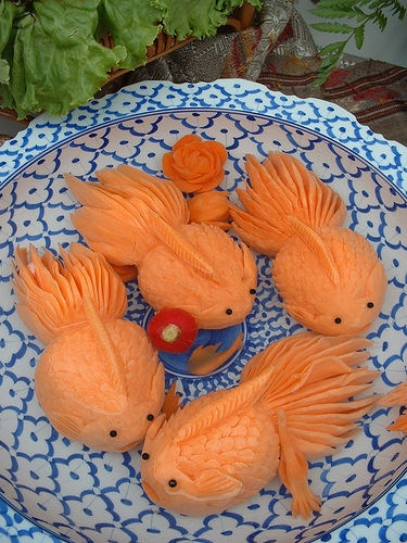 Carrot fish at a Taste of Thailand festival, photographed by Oh Lenna (flickr).