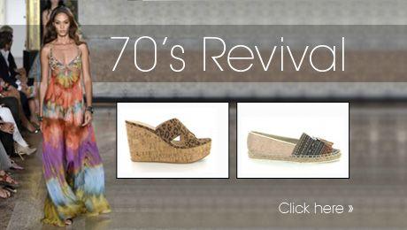 70's revival - Het kan niet missen! Ook dit jaar is de bohemianachtige look een van de belangrijkste stijlen voor seizoen lente / zomer '15. Love & Peace… Niet zoals de hippies uit de jaren '60 maar op een retro manier. Bij deze stijl kun je schoenen uit meerdere trends dragen. Franjes en kwastjes horen in deze stijl maar ook schoenen van natuurlijke materialen en sleehakken zijn een must evenals plateauzolen en sandaaltjes.