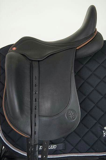HB Contact dressage saddle. Bogdan Dabrowski