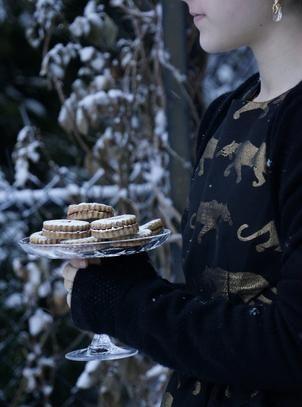 Christmas cookies  #Foodphotography #marielouphotography #cookies #food #styling