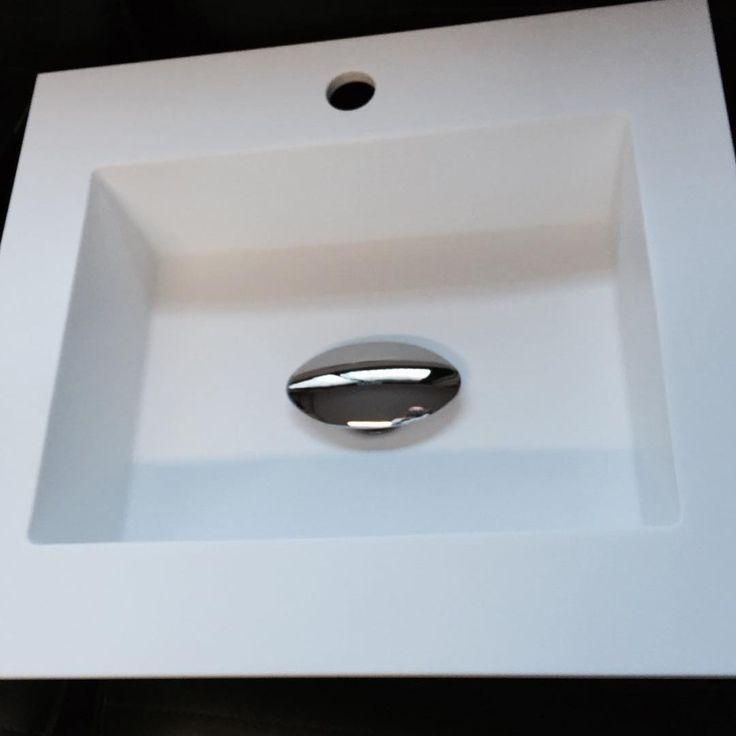 Encimeras Baño Krion:Encimera + Lavabo a medida fabricado @krion_porcelanosa #noken #
