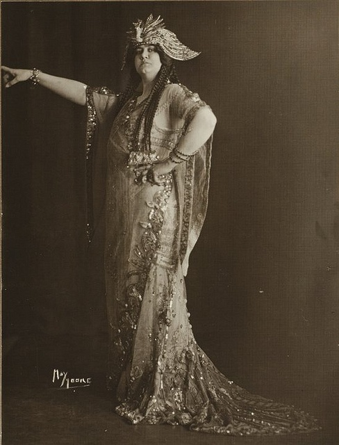 Because I'm a sucker for early 20c. opera singers in costume.