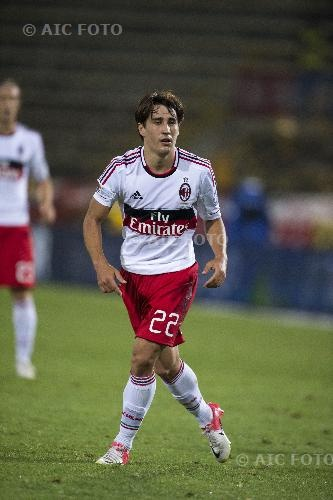 'Bojan Krkić Pérez(born 28 August 1990), also known as simply '''Bojan''', is a Spanish professional footballer who plays as a forward for Italian Serie A club Milan, on loan from Roma. Bojan is of partly Serbian descent and was born in Lleida in Catalonia, beginning his footballing career with FC Barcelona. He has represented both the Spanish national team and the Catalonian regional team. Bojan is a fourth cousin of Argentine footballer Lionel Messi by maternal ancestry.