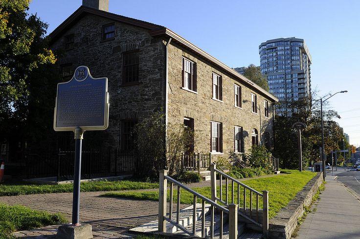 Exterior Horiz of the Inn