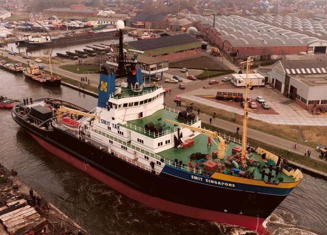 KOOPVAARDIJ sleepboot SMIT SINGAPORE gegevens en groot, klik ⇓ op link http://koopvaardij.blogspot.nl/p/sleepboot.html