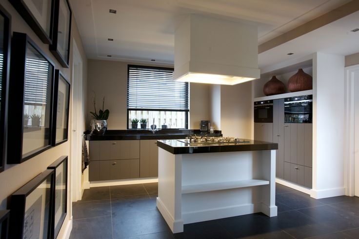 Keuken Modern Klassiek : Klassiek/ Moderne keuken