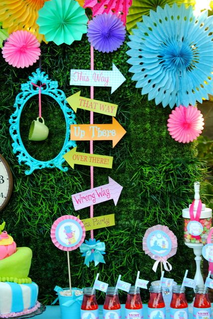 Décor at a Alice in Wonderland Party #aliceinwonderland #partydecor