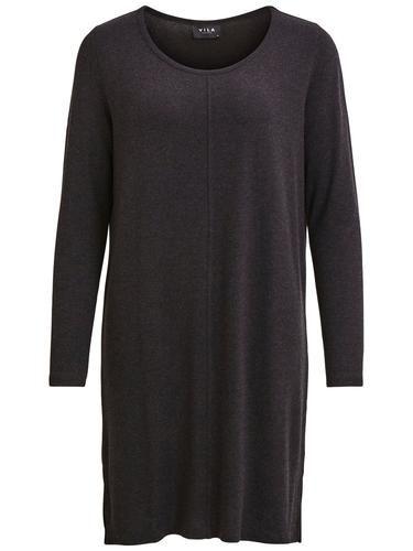 - Stylename: VINIMAS DRESS-NOOS - Schlichtes Kleid - Stretchiges Material - Lange Ärmel - Kurze Schlitze an beiden Seiten - Länge: 92 cm in Größe M - Armlänge: 63 cm - Unser Model ist 178 cm groß und trägt Größe M