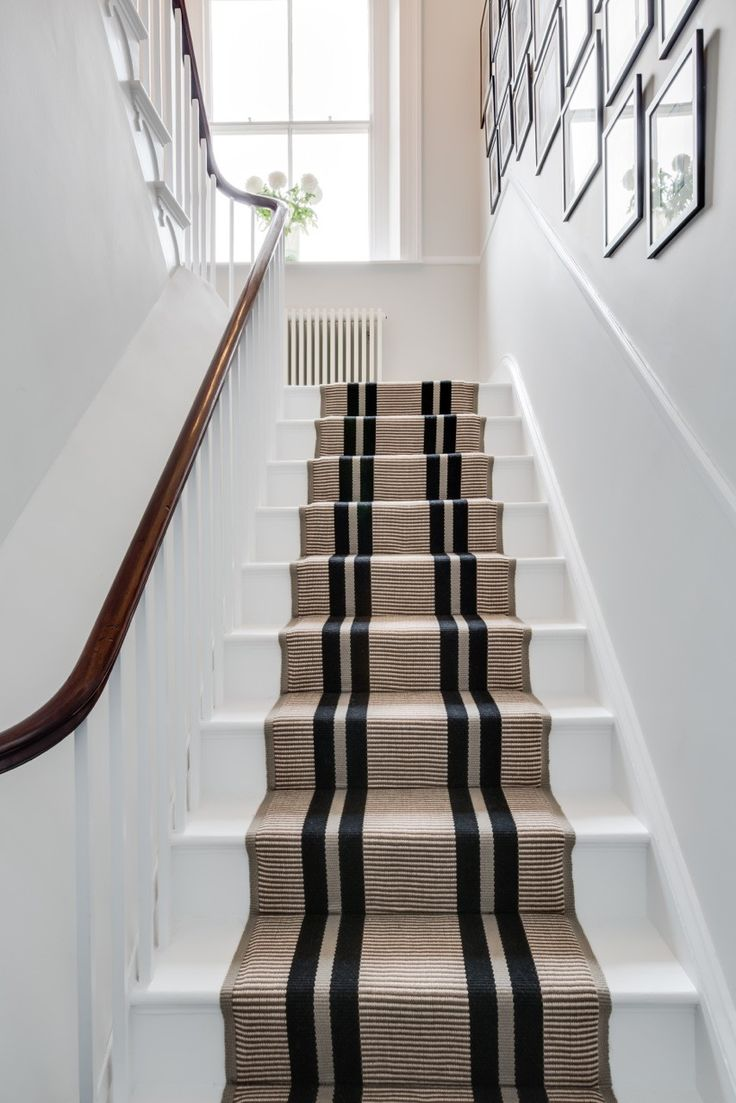 25+ best ideas about Carpet Stair Runners on Pinterest : Stair runners, Hallway carpet runners ...