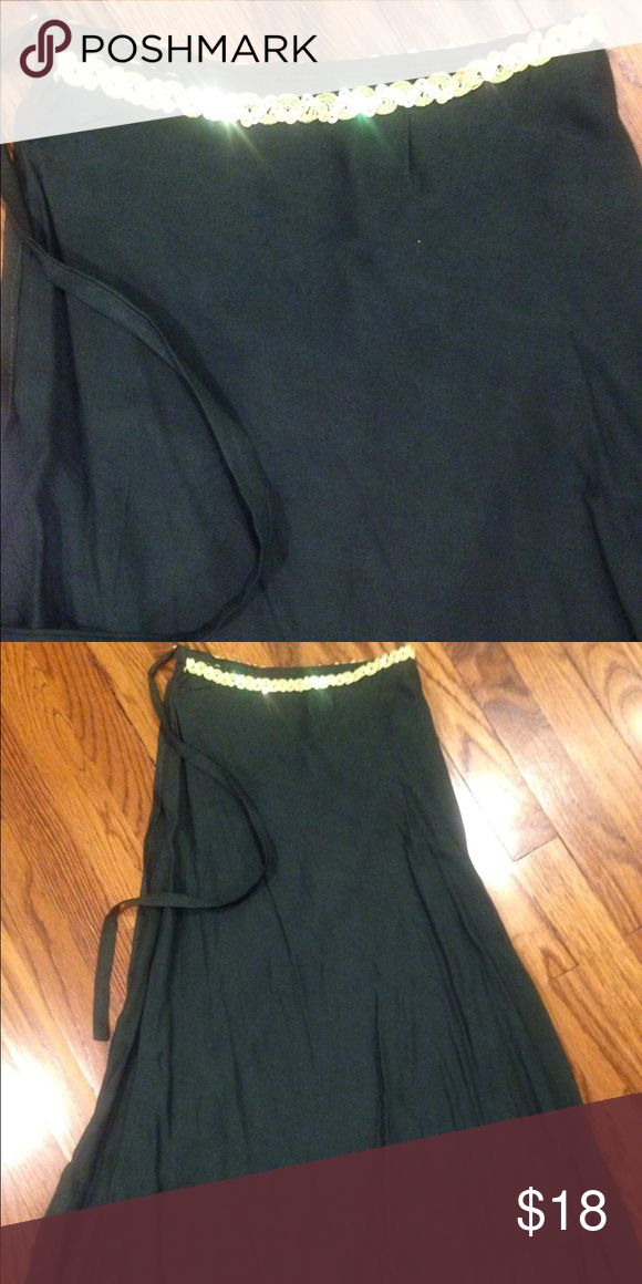 Maxi Cover-Ups Skirt Maxi skirt, adjustable at waist, color is dark green Swim Coverups