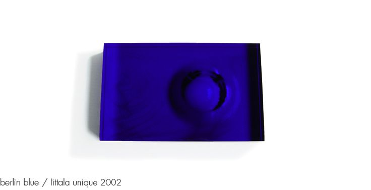 berlin blue / Iittala unique 2002