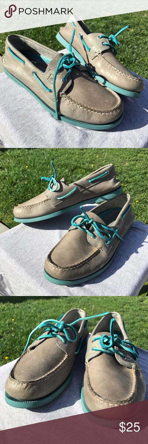 Men's Sperry boat shoes blue Grey sperry boat shoes //Euc // very little heel wear // blue and blue shoes // size 10 men // great for summer Sperry Top-Sider Shoes Boat Shoes