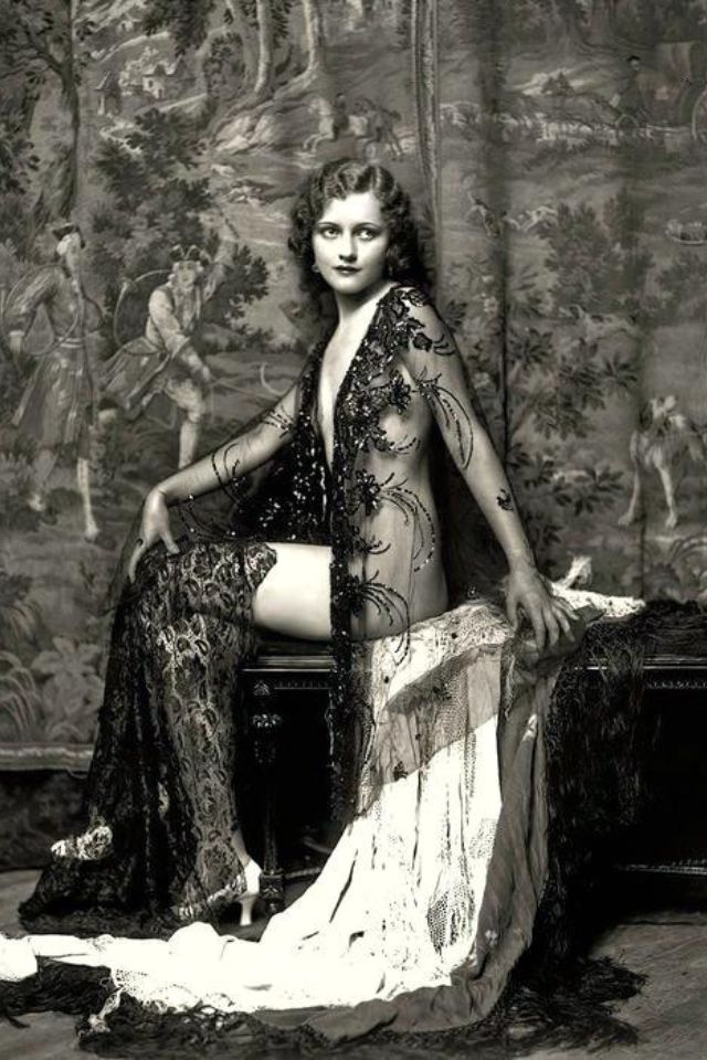 vintage beauty in black lace beaded gown 1900-1920??