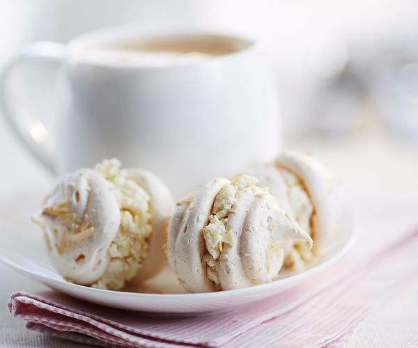 Ginger, ricotta and almond meringues