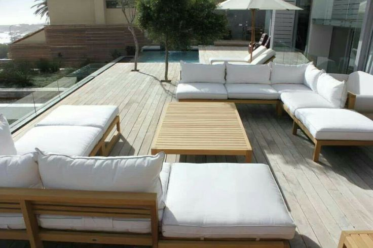 Privet residense in Cape Town with www.blocoutdoor furniture