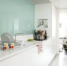 Bildresultat för kök med turkos glasskiva