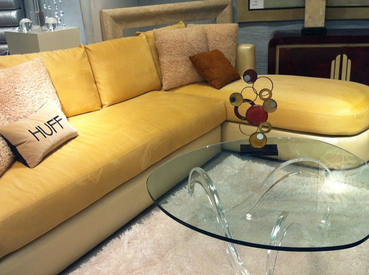 #hufffurniture #relaxing #yellow #sofas #glasscoffeetables #modernfurniture  #contemporaryfurniture #transitionalfurniture