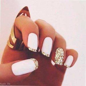 Resultado de imagen para uñas de acrilico elegantes con piedras