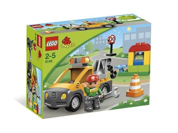 MASINA DE TRACTARE  (6146) Porneste la drum cu masina de tractare LEGO DUPLO dotata cu macara functionala si un mecanic ce face reparatii folosind accesoriile DUPLO !