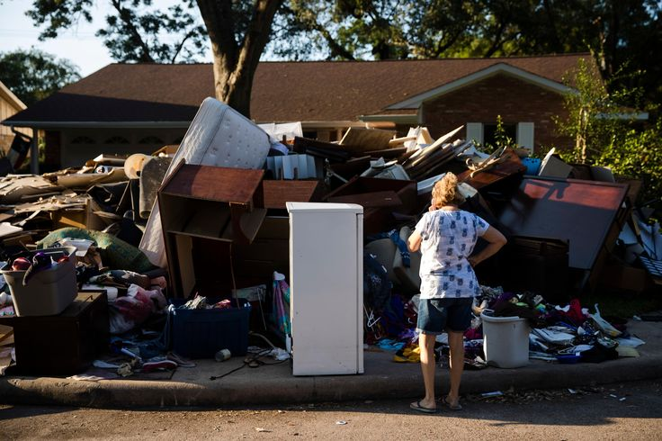 Texas governor withholds Harvey recovery funds from Houston  ||  Houston Mayor Sylvester Turner is sparring with Texas Governor Greg Abbott as the city struggles to rebuild following a devastating hurricane. Hurricane Harvey, which made landfall as a Category 4 hurricane, battered southeastern Texas last month, leaving the region reeling. More than 60 people have died in connection with the storm, which also inflicted a staggering…