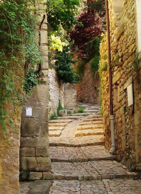 ♔ Vaison-la-Romaine ~ Provence Alpes Cote dAzur