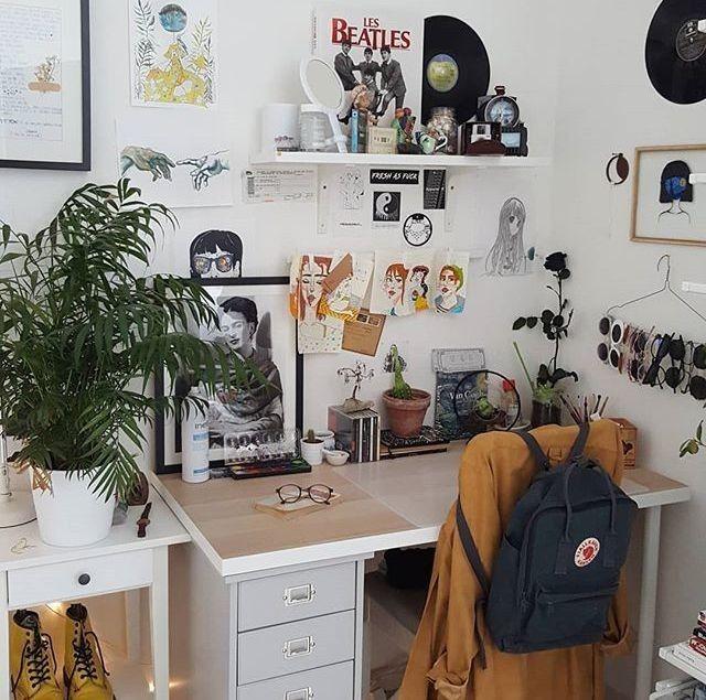 Room Ideas Artsy Aesthetic Vintage 90s Grunge Kanken Vinvyl