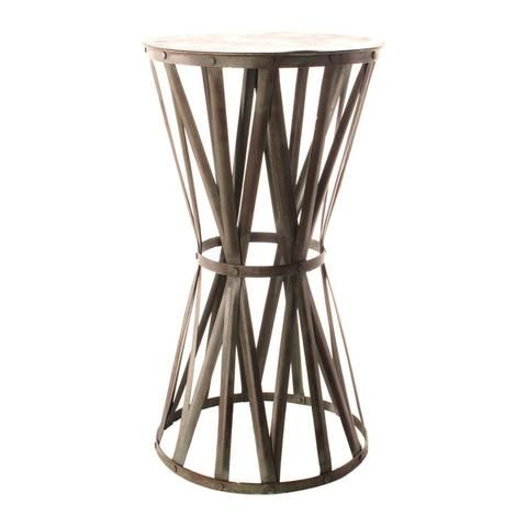 фото Кованый металлический столик