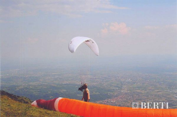 Berti Wooden Floors Parachute Jump #parquet #parquetlovers