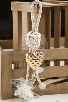 Exquisite charm wedding favor with metal heart
