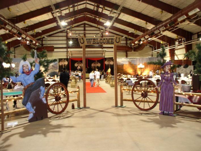 Western Wedding Decorations Centerpieces   ... , Split Rail Fence, Wagon  Wheels,