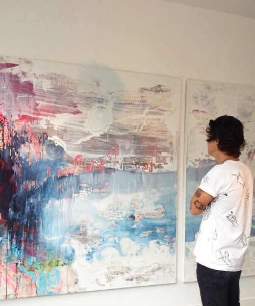 Harry at the Loughran Gallery<<<<<  ANYONE ELSE REMEMBER THE ART GALLERY PART IN DARK??????ASDFGHJKL!!!!!!!! FANGIRL DOWN
