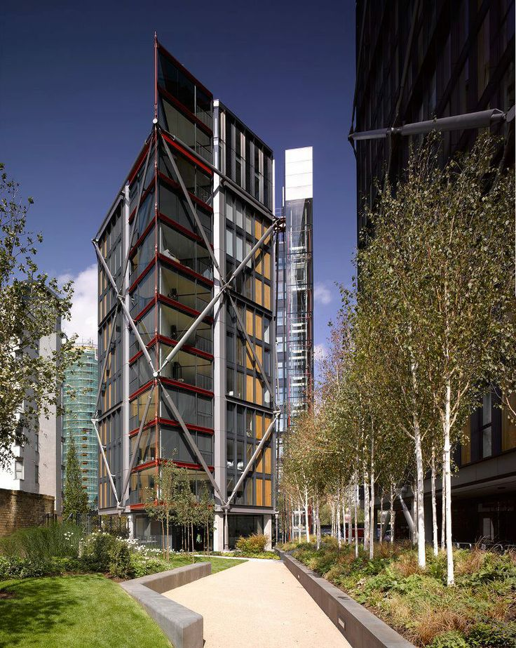 Rodgers Stirk Harbour + Partners : cross-bracing : free-plan : high-tech : structural expressionism